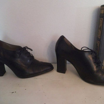Vintage Westies Chunky heel Lace Ups ~ Black Patent Leather ~ 6 1/2 Woman's