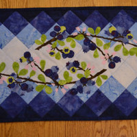 Blueberry Table Runner / Mother's Day / Quilted Table Runner