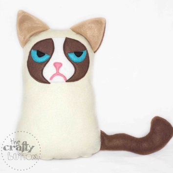 Tard, The Grumpy cat plush toy , felt plushie soft toy children cat animals novelty meme 9gag