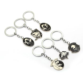 Metal gear solid 5 Keychains Fox hound outer heaven llaveros Fashion key chain skull animal game souvenir jewelry