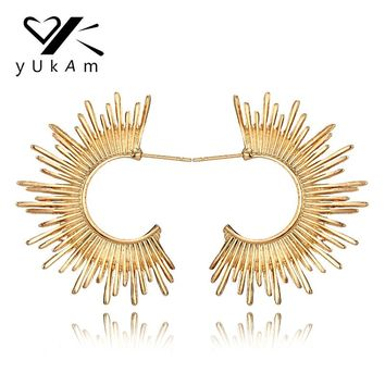 YUKAM Ethnic Personality Punk Creole Hoop Earrings Gold C Shape Sun Earrings for Women Big Exaggerated Earrings Vintage Jewelry