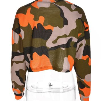 Camouflage Black Crop Top tg