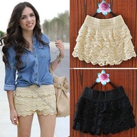 Vintage Summer Gorgeous Womens Sexy Beige Crochet Lace Shorts Hot Pants 146