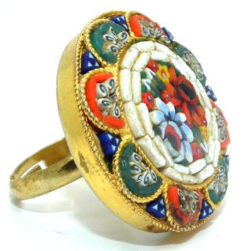 2DOL OFFJEWELRY Ring Mosaic jewelry floral Italian Classic Vintage Size 6 Gold tone  and Orange Blue White ceramic. Round vintage ring.