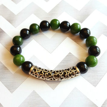 10mm Black Onyx and Green Jade Beaded Bracelet with Silver Pewter Accent