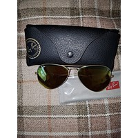Ray Ban mens Aviator Sunglasses brand new.