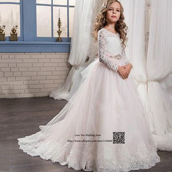 Princess Light Pink Long Sleeve Flower Girl Dress 2017 Communion Dress Mother Daughter Gown Pageant Dresses for Girls Glitz Lace