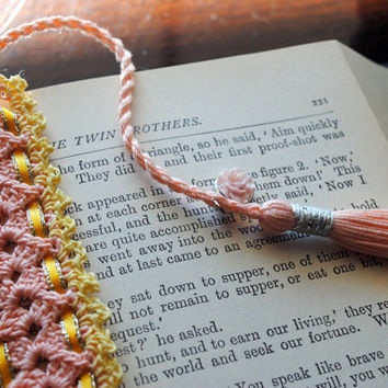 Crochet lace bookmark with a long tassel, peach, pale yellow, rose charm, yellow ribbon, spring, easter, book lovers gift