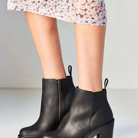 Dr. Martens Magdalena Ankle Boot | Urban Outfitters