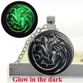 Glow in the dark Game Of Thrones Necklace, House Targaryen Song Of Ice And Fire Dragon Necklace  Art photo Glowing Jewelry