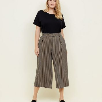 Curves Black Stripe Twill Belted Culottes | New Look