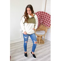 In The Snow Sweatshirt - Olive