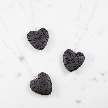Love Black Heart Lava Stone Necklace Aromatherapy Jewelry Essential Oil Diffuser Necklace Collar Jewelry Women
