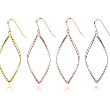 Minimalist Dangling Curved Linear Earrings Set in 18K Gold Plated