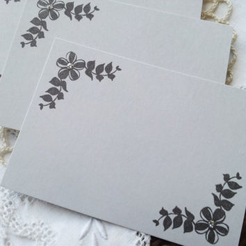 Wedding Event and Party Place Cards Food Buffet Label Tags Gray Silver Glitter Set of 10