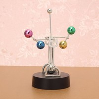 Newtons Cradle Science Desk Art Toy Office Decoration
