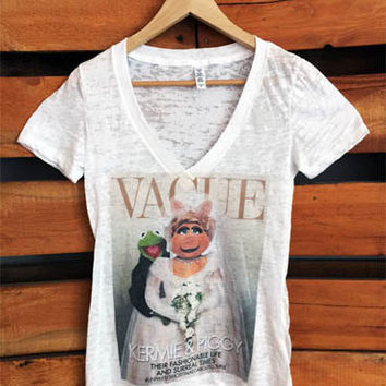 Vague Kermit and Piggy Burnout V-neck T-shirt.
