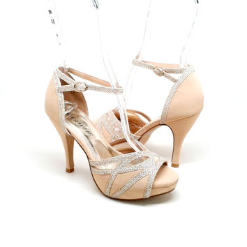 Nude Color Heel with Gold Glitter Trim Design