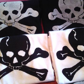 Skull TShirt Pirate Theme Birthday Party 5 Shirt Favors gift bags boys nautical ocean sea creature Jolly Roger crossbones in black idea cake
