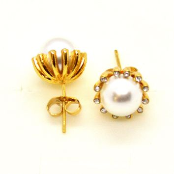 (1-1051-h10-1) Gold Overlay Pearl and Crystal Accent Earrings, 10mm.