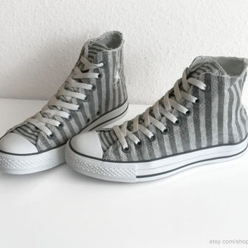 Striped Converse All Stars, soft jersey fabric, dark grey on grey marl vintage Chucks, grey high tops, Size 40 (UK 7, US wo's 9, US men's 7)