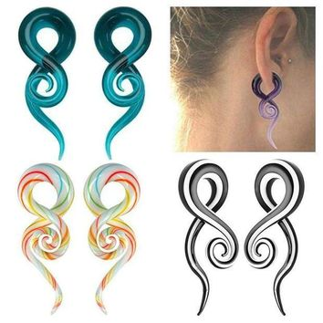 ac PEAPO2Q LNRRABC 1Pair 5mm Punk Earrings Women Glass Spiral Taper Flesh Tunnel Ear Stretcher Expander Stretching Plug Snail Body Jewelry