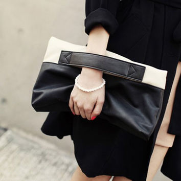 Black and White Color Block Design Women's Clutch