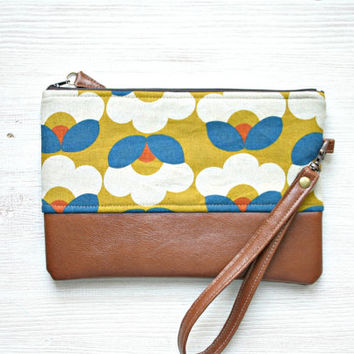 Wristlet Clutch Purse Vegan Faux leather Retro Flowers Yellow Teal