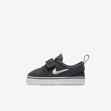 The Nike SB Stefan Janoski (2c-10c) Infant/Toddler Kids' Shoe.