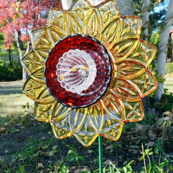Colorful Flower Decor, Glass Home Decoration, Autumn Colors, Glass Plate Flower w/2.5 Foot Stake, Garden Art, Unique Vintage Decor