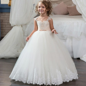 2017 Cute Scoop Neck Long Pageant Party Dress for Little Girl Lace Tulle Ball Gown Kids First Communion Dress Custom Made  F63