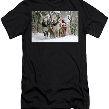 Santa Sleigh With Horses - Men's T-Shirt (Athletic Fit)
