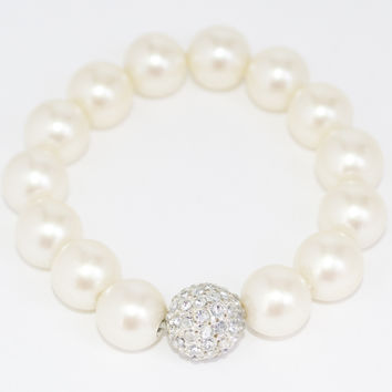 Stretch Pearl Bracelet with Stone Bead