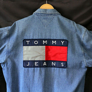 699657c1 90'S Vintage TOMMY HILFIGER 3M Flag Button Down Denim Chambray Shirt Reflex  Box Logo