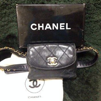 "Vintage CHANEL black calf leather waist purse, fanny bag with golden chain belt. 29"", 30"", 31"", 32"""