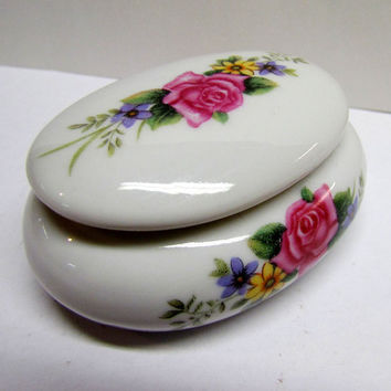 Vintage Porcelain Trinket Box / Keepsake Box with Floral designs