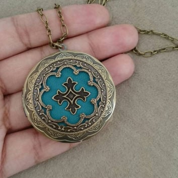 Celtic Cross Vintage Ornate Locket- antique brass locket.