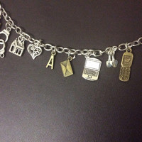 Pretty Little Liars Charm Bracelet - Spencer Hastings - Troian Bellisario - Aria Montgomery - Lucy Hale - Emily Fields - Shay Mitchell