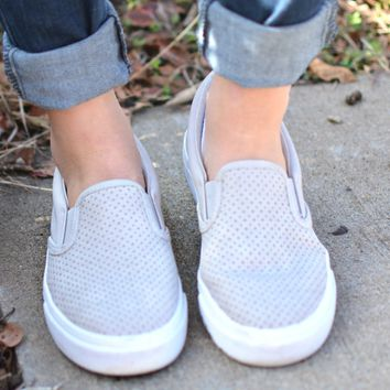 Can't Go Wrong Sneaker - Clay
