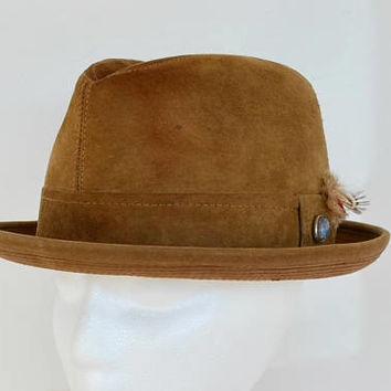 Vintage Towncraft Suede Fedora Hat Unisex Tan Leather Dragon's Breath Rhinestone Accent Feathers Size Small 6 3/4 1950's // Vintage Hat