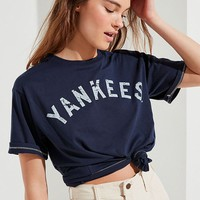 Mitchell & Ness New York Yankees Tee | Urban Outfitters