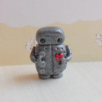 Small polymer clay robot sculpture, miniature robot figurine, steampunk robot collectible, mini robot sculpture, silver robot figure.
