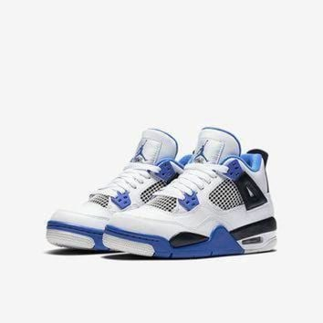 The Air Jordan 4 Retro Big Kids' (Boys') Shoe.