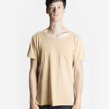 Basic Raw-Cut Elongated Short Sleeve Tee in Sand