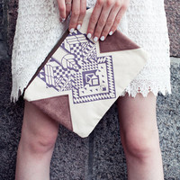 Geometrical Illusion Printed  Leather Pouch  Lavender No. ZP-206