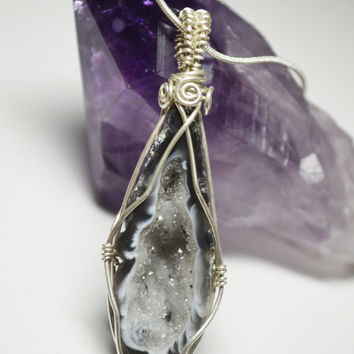 Wire Geode Agate Pendant Bezel Set Tobasco Geode Pendant Handmade Sterling Silver Crystal Necklace Metaphysical Gemstone Jewelry