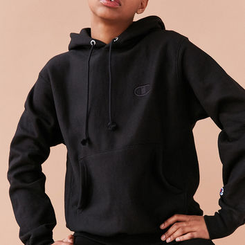 Champion + UO Monochrome Reverse Weave Hoodie Sweatshirt | Urban Outfitters