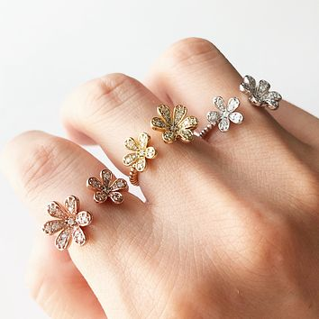 Double flowers ring