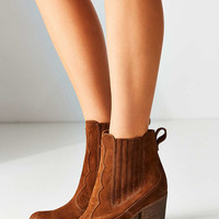 Dolce Vita Conway Ankle Boot - Urban Outfitters