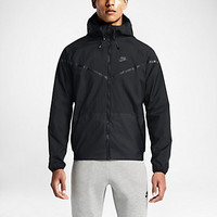 NIKE TECH AEROSHIELD WINDRUNNER
